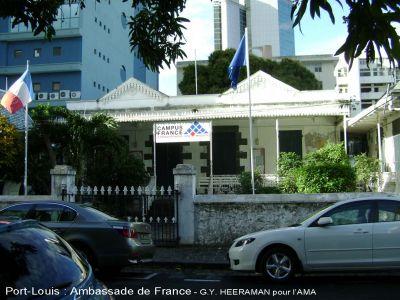 Click to view full size image - Consulat de france port gentil ...